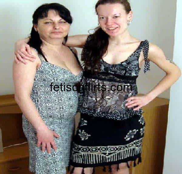 Zwei Frauen Machen Rum